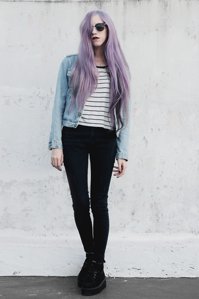 Stripes-Denim-Outfit-Lilac-Hair-2