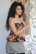 Soumya Sukumar New photo shoot-thumbnail-7