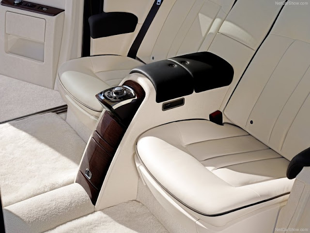 Rolls Royce phantom 2013 interior