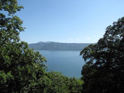 Water of Lake Apoyo, Spanish School Nicaragua