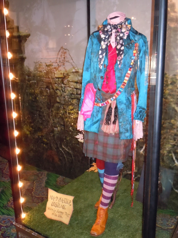 Johnny Depp Mad Hatter battle costume