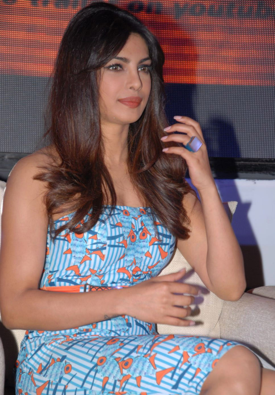 priyanka chopra zanjeer(toofan) trailer photos 2