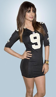"""Priyanka Chopra is """"Jarshe"""" Photo for NFL"""