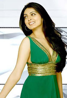 Niharika-singh-Hot-Bollywood-Actress-7