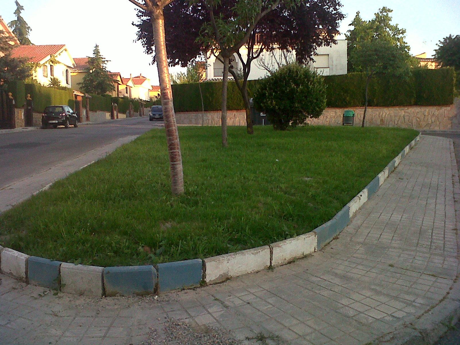 Parques y jardines de ogijares arreglo jardines c granada for Parques y jardines