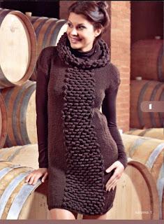 http://www.vyazemsami.ru// Платье с капюшоном