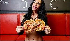 ilginc-pizza-kampanyasi