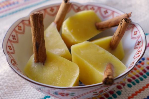 <b>Rompope Pops</b> {#SummerOfThePopsicle Guest Post: Nibbles & Feasts}