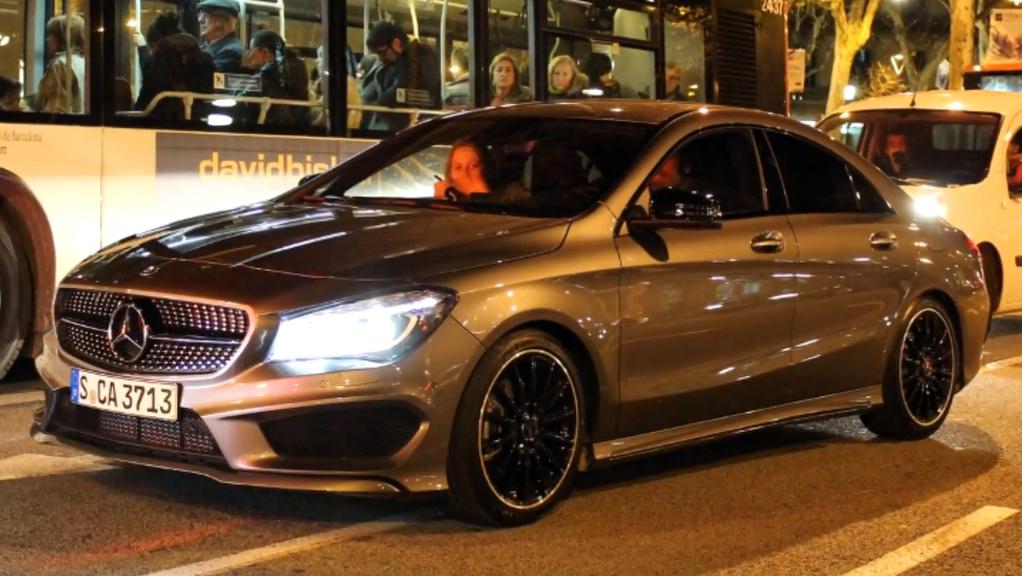 AMG paketli 2014 Mercedes CLA 180 Barselona'da Görüntülendi!