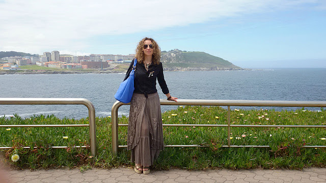 Falda vintage-Vintage maxi skirt and the sea. #fashion #blogger #moda #Coruña