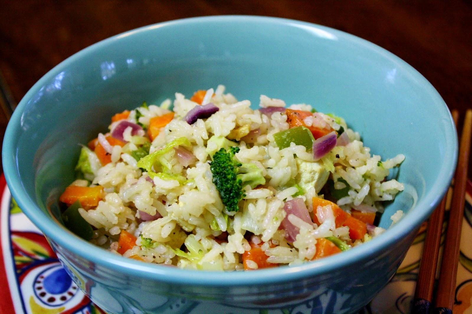 http://eatprayjuice.blogspot.com/2014/08/vegetable-fried-rice.html