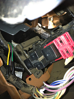 Ford F-Series Truck Factory Wiring And Relay Location For AUX Switches