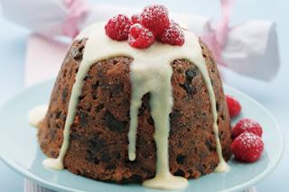 Christmas plum pudding with creme anglaise Recipe