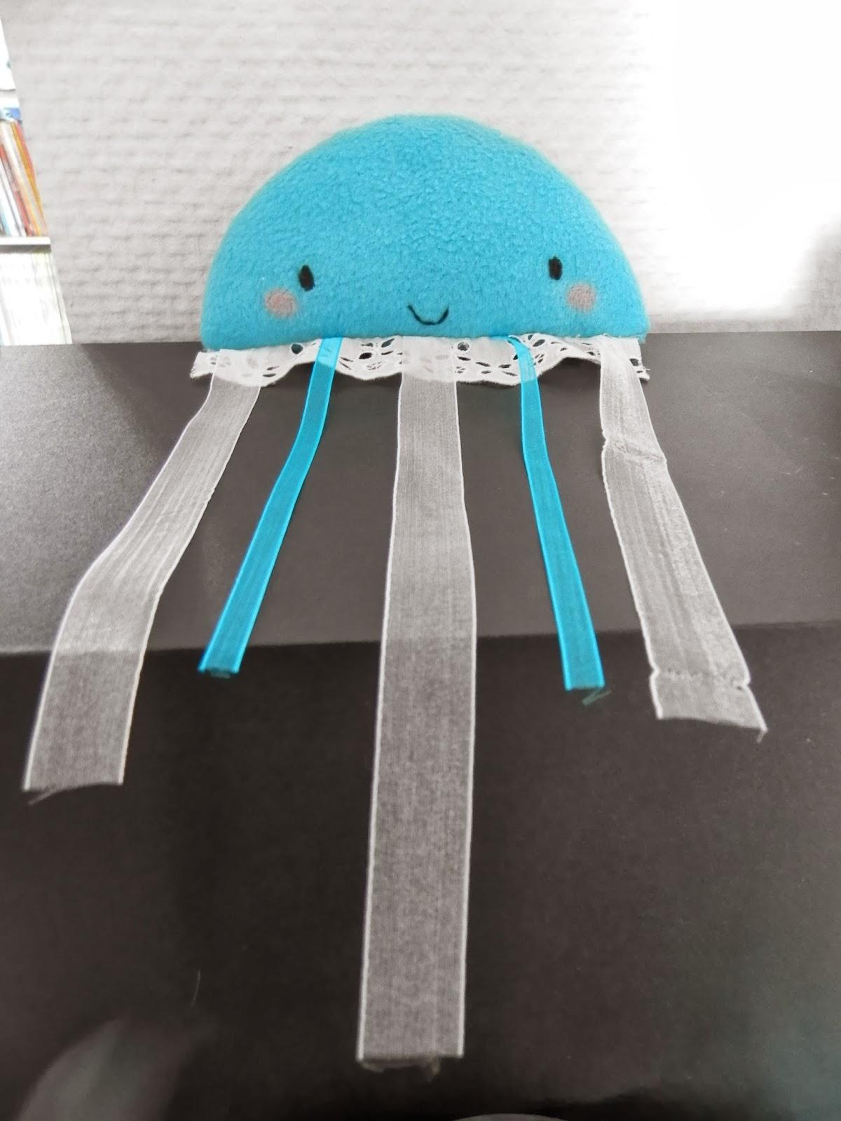 Coton et Création : doudou méduse