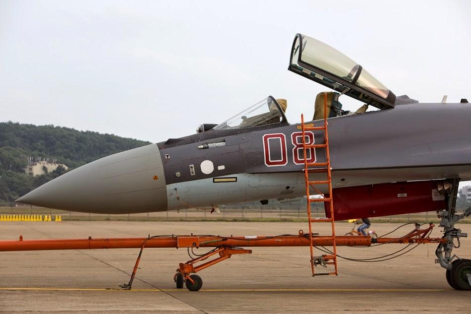 Russian Su-35 in Zhuhai Airshow 2014