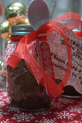 Homemade Vanilla Brown Sugar Body Scrub & Teacher's Christmas Gifts - www.thelifeofawannabesupermom.blogspot.com