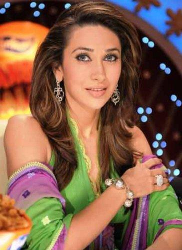 Karishma Kapoor hd wallpapers