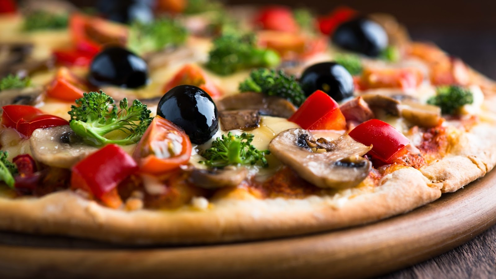 pizza-with-olives