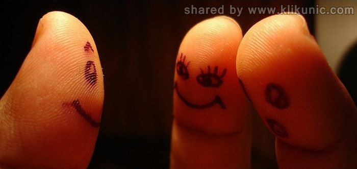 http://4.bp.blogspot.com/-5yXb19npHgM/TX2wfrOOeZI/AAAAAAAARU4/cOUEUqOn4XI/s1600/finger_14.jpg