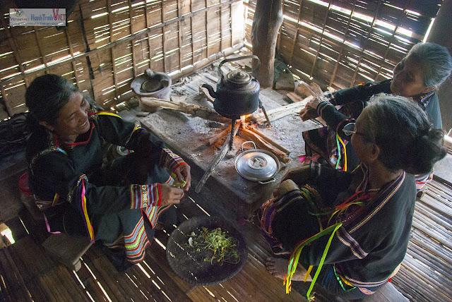 Khám phá làng dân tộc Êdê ở Sông Hinh