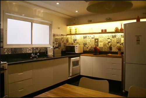 Studio decor cozinhas com azulejos decorados for Azulejos decorados