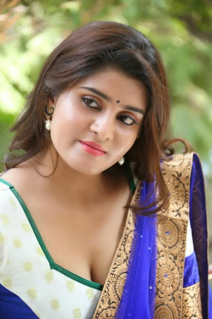 Actress Harini Spicy  Show 3.jpg