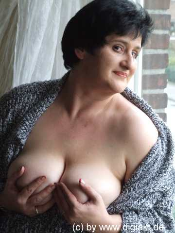 escordguide anni fønsby breasts