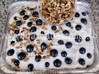 Prajitura cu struguri si bezea preparare reteta - presaram nuca maruntita