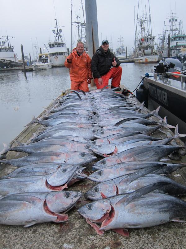 todds extreme fishing westport tuna 8 11 12