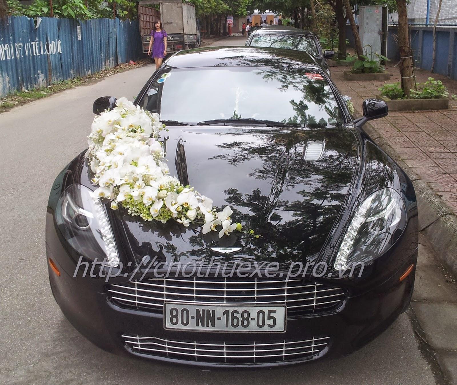 cho thuê xe cưới Aston Martin Rapide - siêu xe đăng cấp tại Hà Nội 1