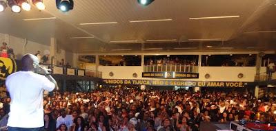 Quadra+da+Unidos+da+tijuca+show+do+DUGHETTU+1 Nos embalos de Sábado à Noite....ao som de R&B INTERNACIONAL!
