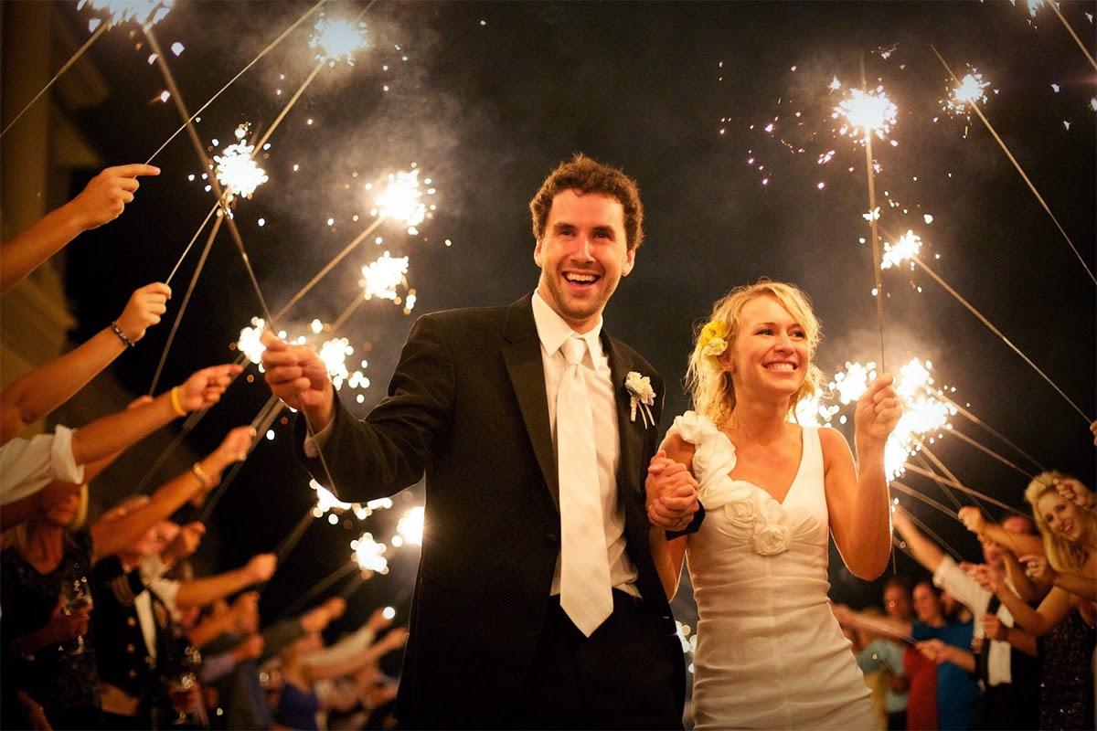 http://weddingdaysparklers.com/