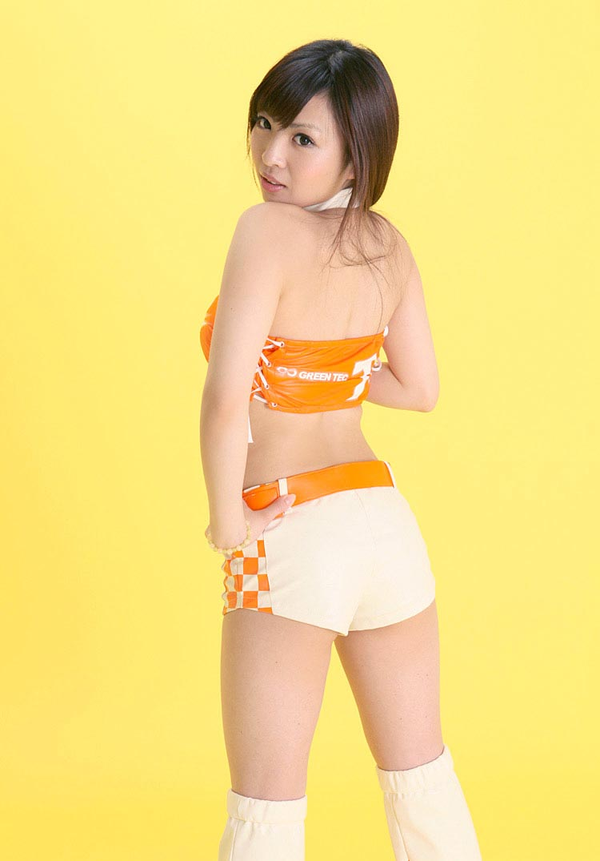 mayuka kuroda sexy race queen outfit 1