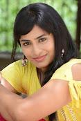 Aparna Glam pics in yellow top-thumbnail-14