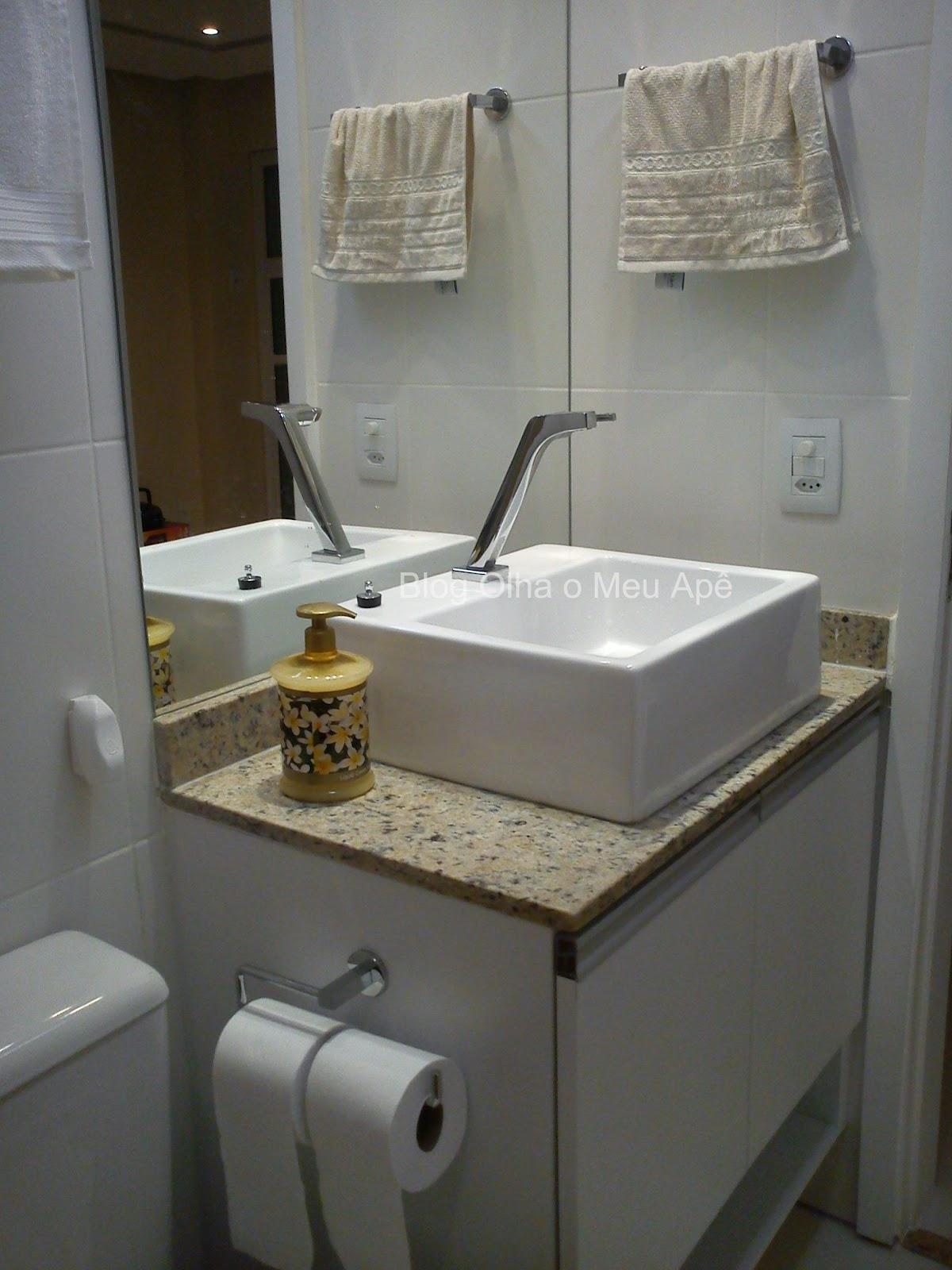 banheiro social ficou uma gracinha também: #797052 1200 1600