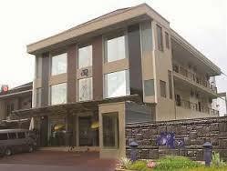 Dan Sedang Mencari Hotel Penginapan Yang Murah Di Surabaya Berikut Ini Beberapa Daftar Lengkapi Dengan Nomor