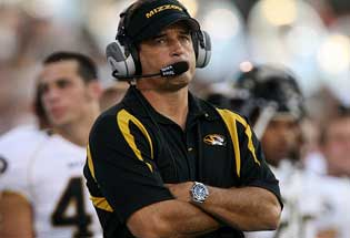 Missouri head coach Gary Pinkel wants to bar independent college football programs from the College Football Playoff.