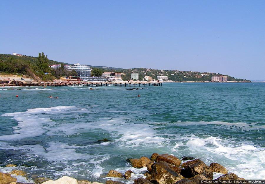 Море, пена и камни