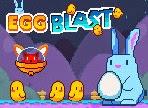 Proteja os pintinhos da invasão de ovos alienígenas, atirando ovos para destruir as naves, evitando que elas pousem e capturem os pintinhos, utilizando ovos diferentes que possuem habilidades únicas.