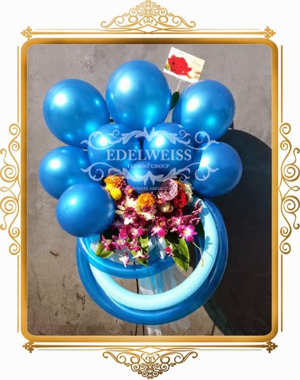 bunga & balon ucapan congratulations