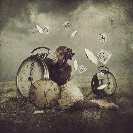 Lana Tustich deviantart foto-manipulações photoshop surreal sombrio emotivo