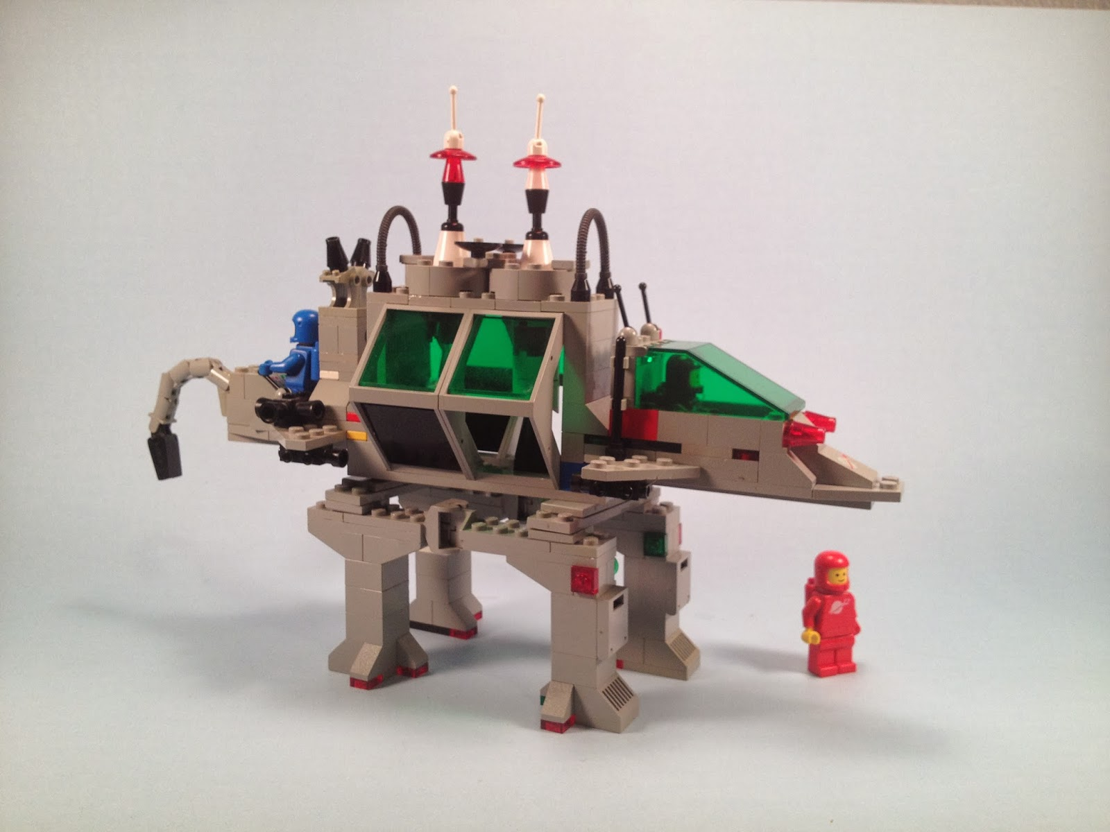 All Lego Toys : The toy museum lego alien moon stalker