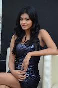 Hebah patel latest glam pics-thumbnail-9