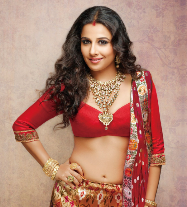 Bollywood Actress vidya Balan NAvel Show Photo