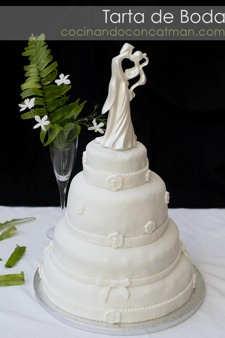 receta de tarta de boda con bizcocho de chocolate húmedo