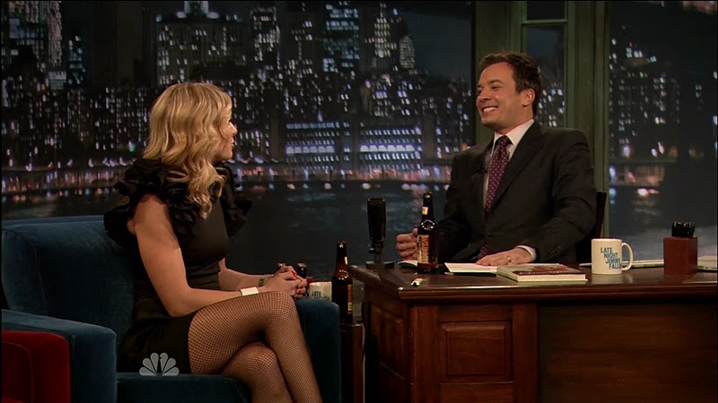Elisabeth Hasselbeck is an American television host and television    Elisabeth Hasselbeck Leg Cross