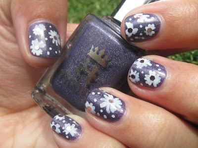 A-England- Lady Of the Lake sally hansen nail art pen