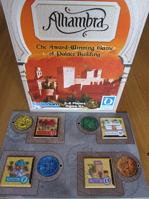 Alhambra - The box and the Builders Market board