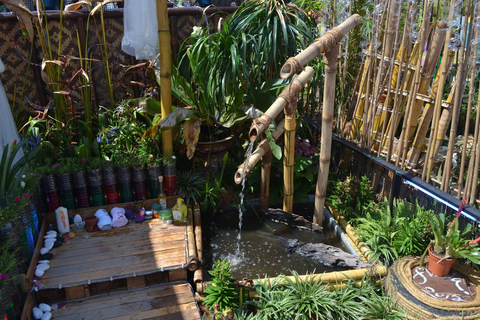 David 3816 water features ideas for Bamboo water garden