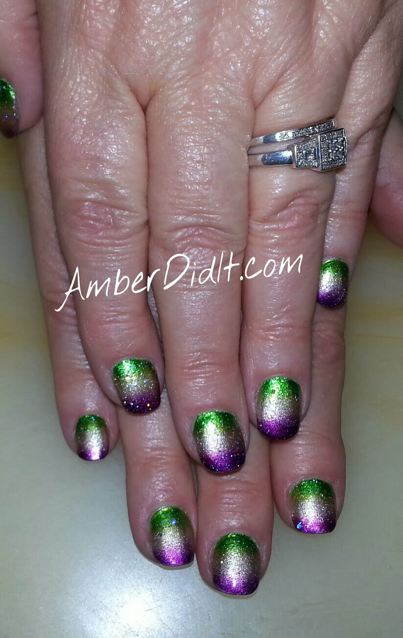 Amber did it!: Mardi Gras Nails Extravaganza